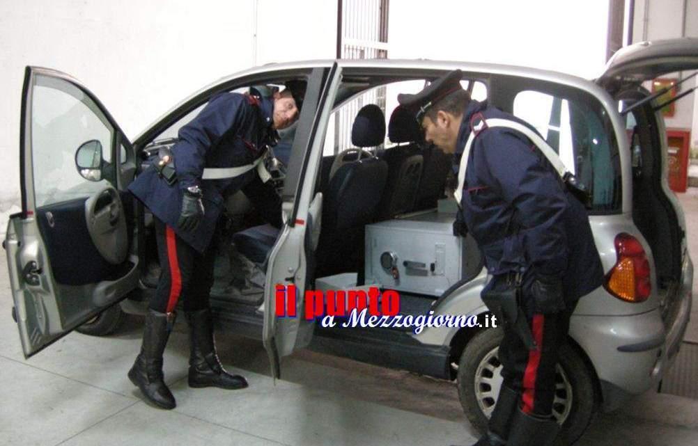 Furto notturno in banca a San Felice Circeo, carabinieri arrestano parte della banda e recuperano contante