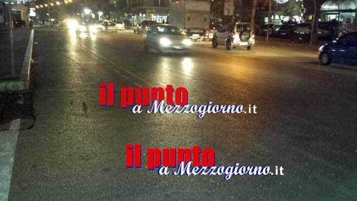 Ancora spari a Cassino, colpi di pistola da auto danneggiano altra vettura