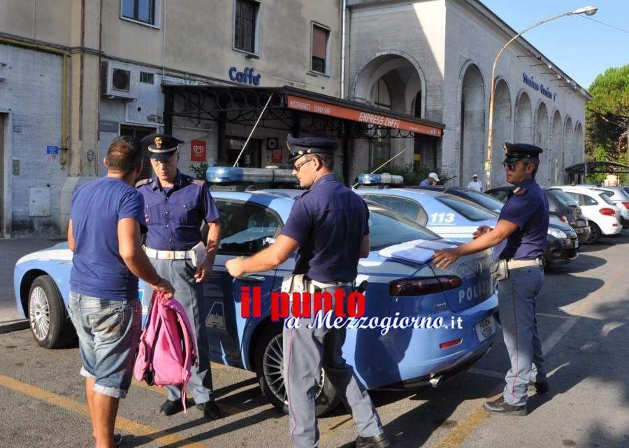 Controlli della Polizia di Stato sul territorio provinciale: due denunciati, un espulso e due F.V.O.