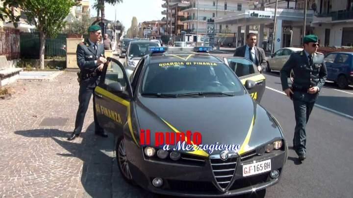 Truffa per superare concorsi forze dell'ordine, arrestati penitenziari e un militare