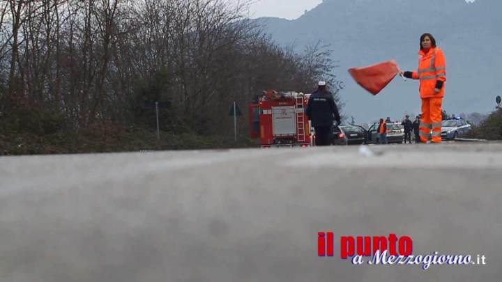 Incidente stradale a Broccostella, si ribalta camion con carcasse di animali. Superstrada chiusa