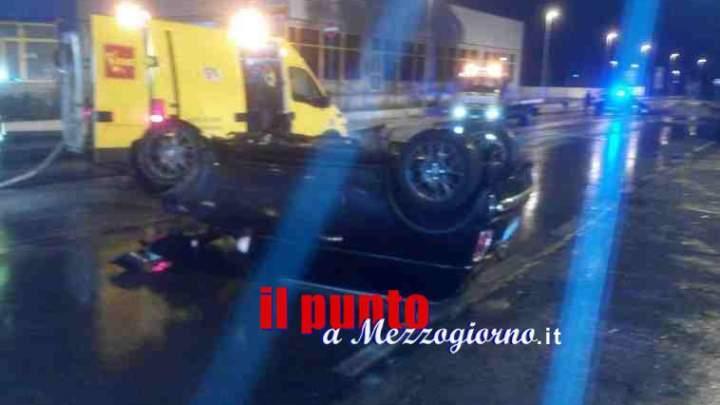 Incidente sulla Casilina a Piedimonte, giovane ferito nel ribaltamento della sua Mini Cooper