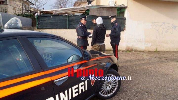 Ruba un telefono a Cassino e tenta di scappare a Velletri, denunciato 26enne