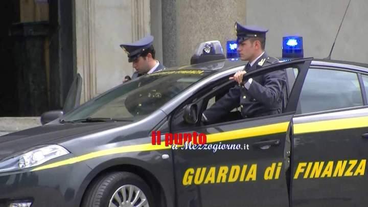 Turbativa d'asta e corruzione, arrestati a Caserta un imprenditore, quattro ufficiali dell'Esercito e due funzionari civili