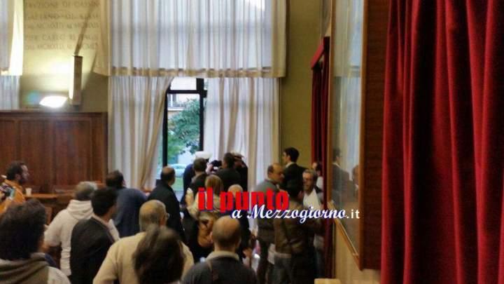 ++ Il VIDEO ++ I momenti di paura in consiglio comunale a Cassino