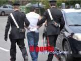 Tenta di rubare in un'abitazione, sorpreso dalla proprietaria fugge, arrestato dai carabinieri