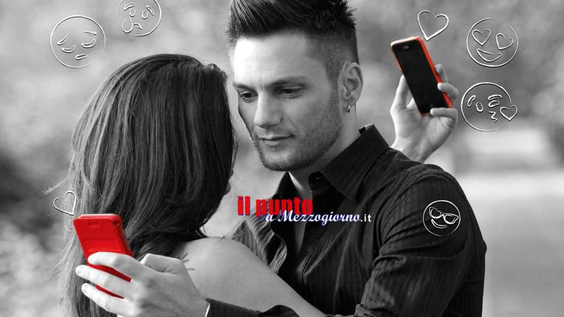 """""""Ci whatsappiamo"""", i sentimenti attraverso i social nel singolo di Luca Napolitano"""