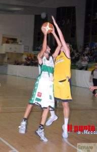 Basket: Serapo si gode la vittoria, 70-61, contro l'ostico Velletri