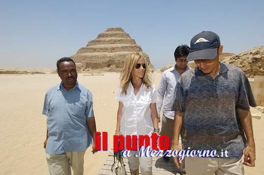 """Un'archeologa tra i banchi, al """"San Benedetto"""" di Latina, lezione di Egittologia"""