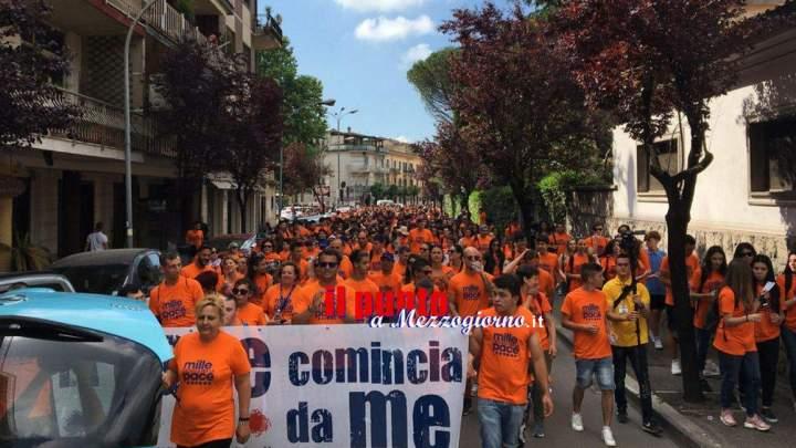 """""""Mille giovani per la pace"""" fanno un fiume per le strade di Cassino"""