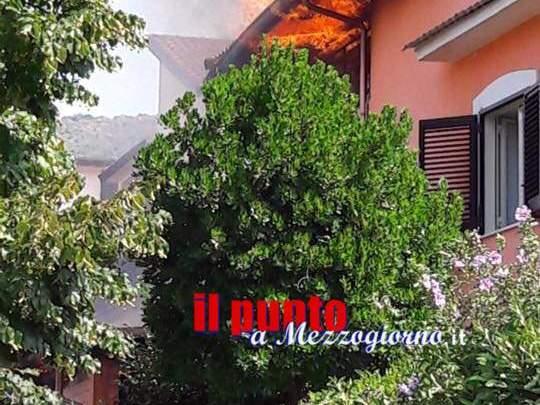 Paura a Rocca D'Evandro: alle fiamme residenza per anziani, intervenuti Vigili del Fuoco e Forze dell'Ordine