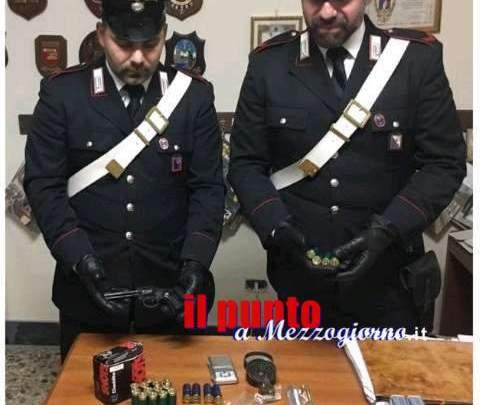Castelforte e Santi Cosma e Damiano: Trovato in possesso di una pistola e vario munizionamento, arrestato un 50enne. Guai anche per un 36enne