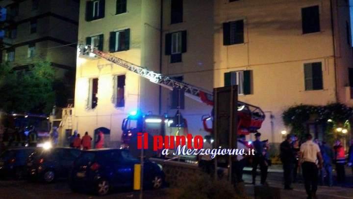 Dissequestrata la casa esplosa a Velletri ma l'Appia resta chiusa