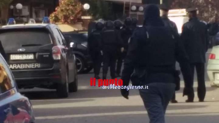 Cisterna di Latina: Barricato in casa dopo aver sparato alla moglie