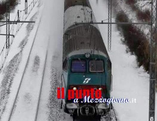 Grande freddo, linee ferroviarie ancora in panne. Due ore di ritardo sulla Roma Cassino