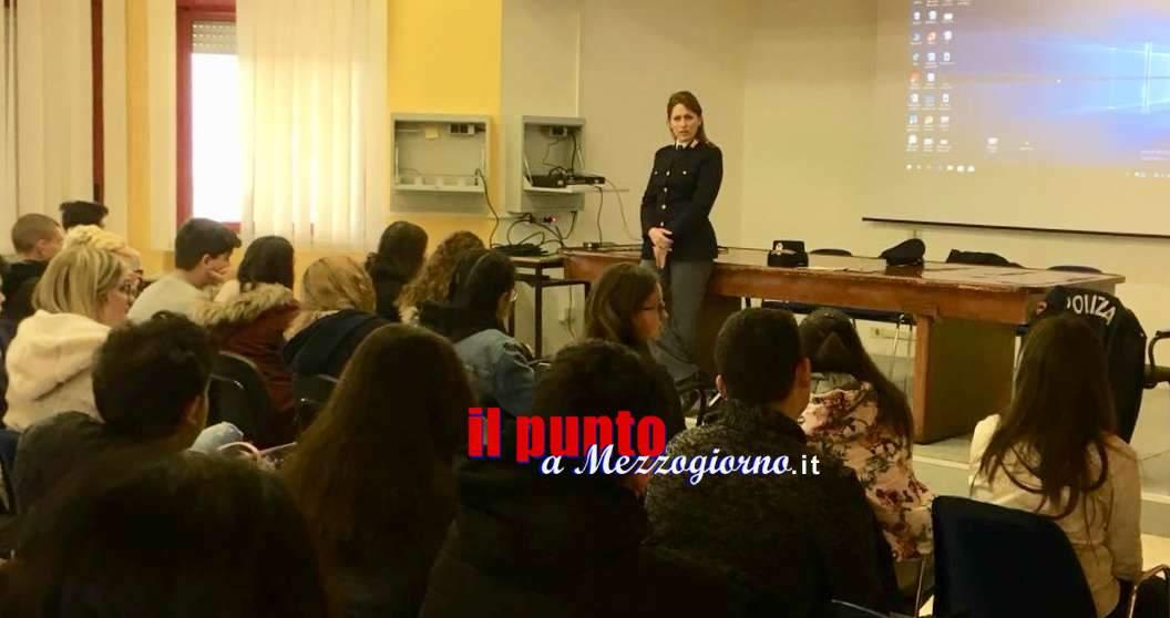 """Cassino, continua il tour informativo della Polizia nelle scuole. Oggi al """"A. Righi"""" e """"San Benedetto"""""""