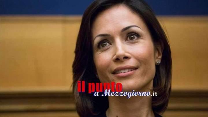 Regime forfettario a 50 mila euro per le partite Iva, la proposta di Mara Carfagna