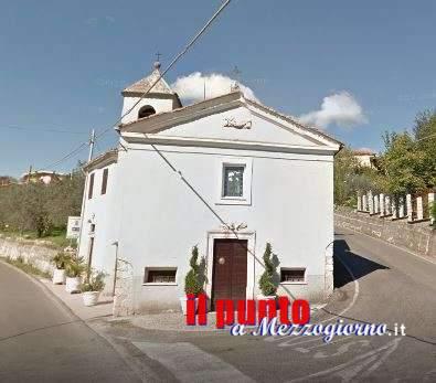 Rapina in chiesa ad Alatri, donna delle pulizie rinchiusa in bagno per svuotare cassetta delle elemosine
