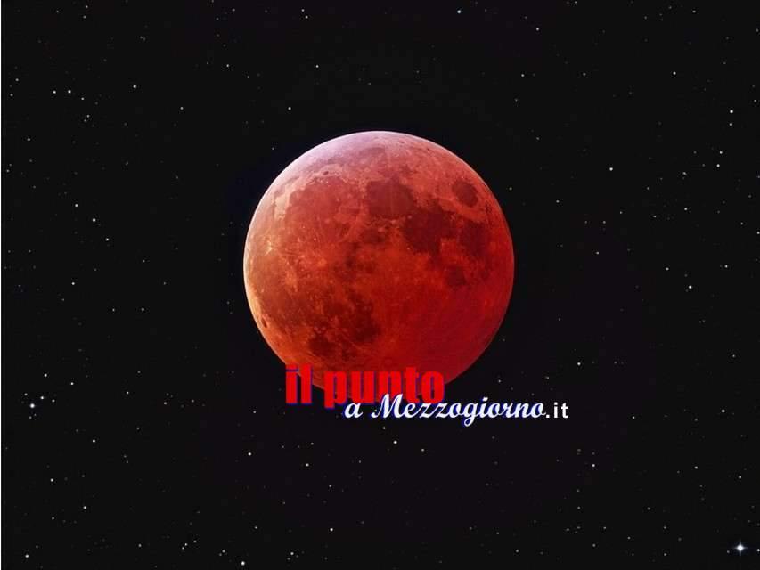 Questa sera occhi al cielo per la Luna Rossa da record
