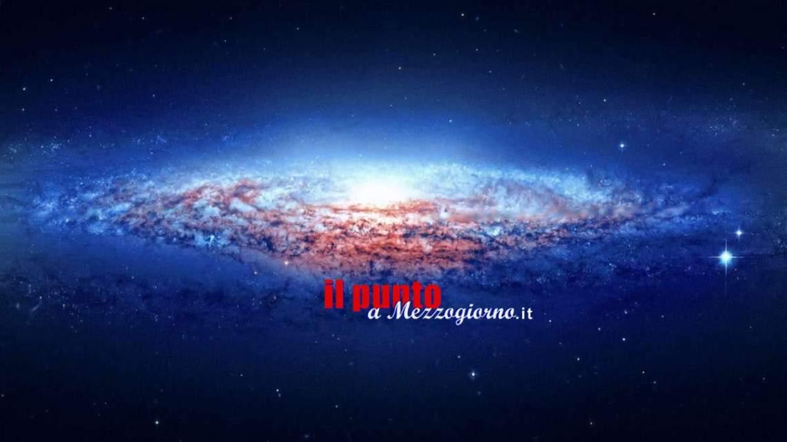 Alla scoperta (di ciò che si sa) della Materia ed Energia Oscura nell'Universo
