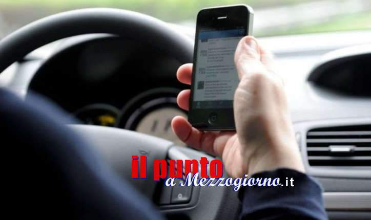 """Guidano """"connessi"""", a Pontecorvo multati 13 automobilisti sorpresi al volante con il telefono"""