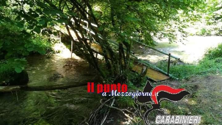 Un ponte abusivo sul fiume Aniene a Trevi nel Lazio, denunciato un 58enne
