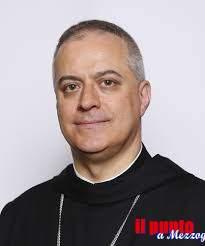 Dall'universitá Vest Vasile Goldis laurea Honoris Causa per l'abate di Montecassino Ogliari
