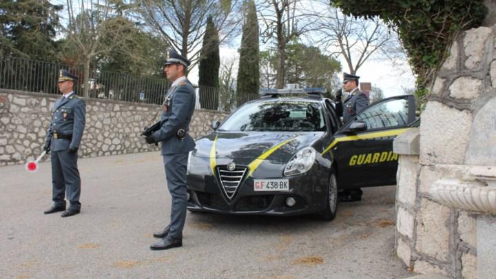 """Contrabbando di liquido """"svapabile"""" a Cassino, denunciato 59enne"""