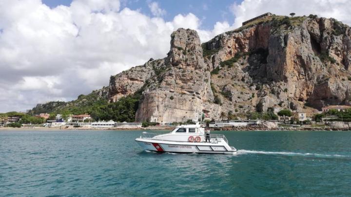 Guardia Costiera di Gaeta e Terracina: soccorsa imbarcazione con avaria al motore al largo delle coste sud-laziali