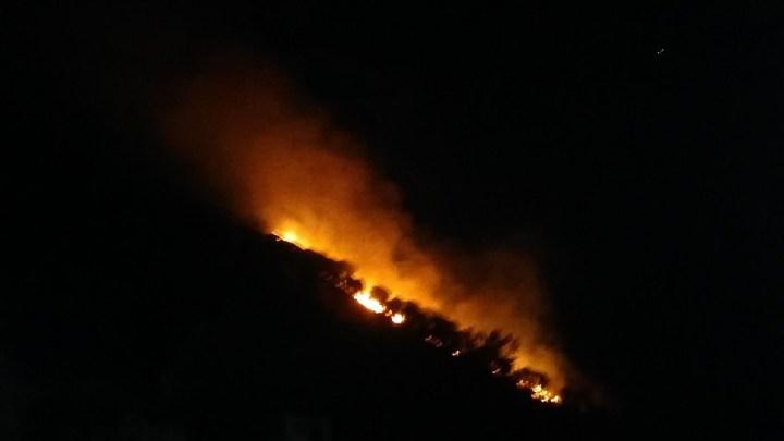 Brucia anche monte Trocchio