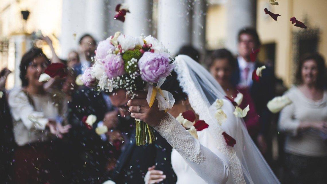 Festa di nozze con più di 80 partecipanti, sanzioni per violazione decreto anti covid a Pontinia