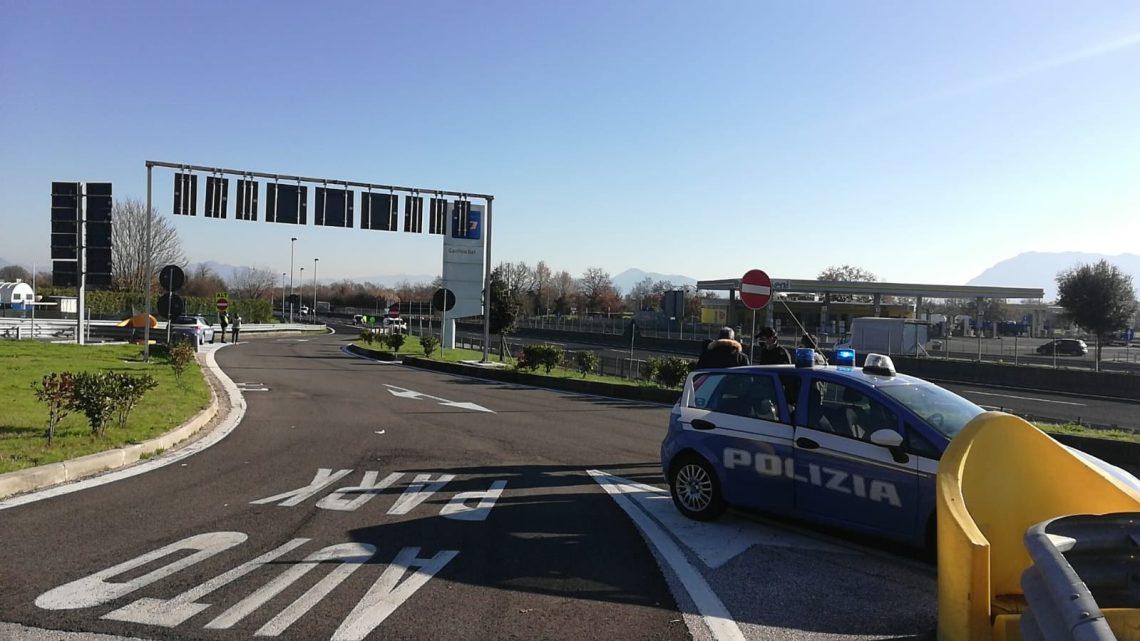 Protesta anti covid sull'A1 a Cassino, le partite Iva della Campania causano chilometri di coda