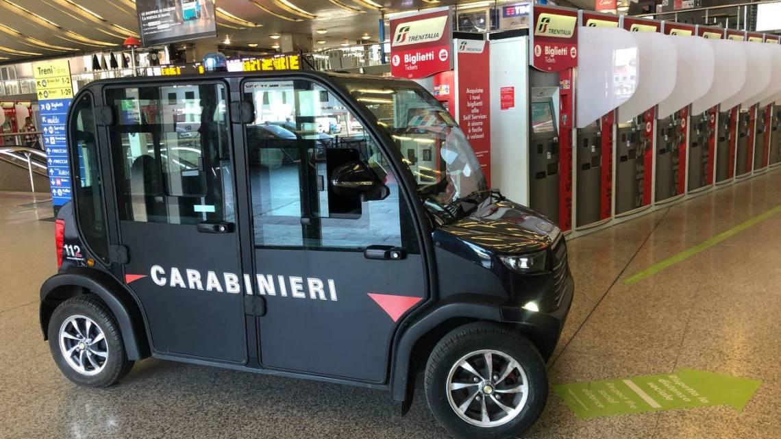 Rubano Pc e carte di credito sul treno Frosinone Roma, arrestati due addetti alle pulizie