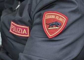 Picchia la moglie davanti alla figlia di 6 anni, arrestato 33enne di Frosinone