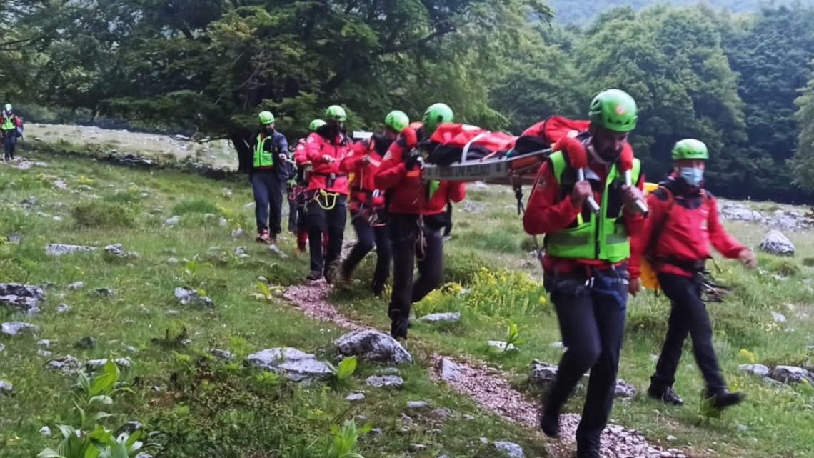 Veroli – Scivola e si frattura una gamba sul sentiero tra Pizzo Deta e Prato di Campoli, interviene il Soccorso Alpino