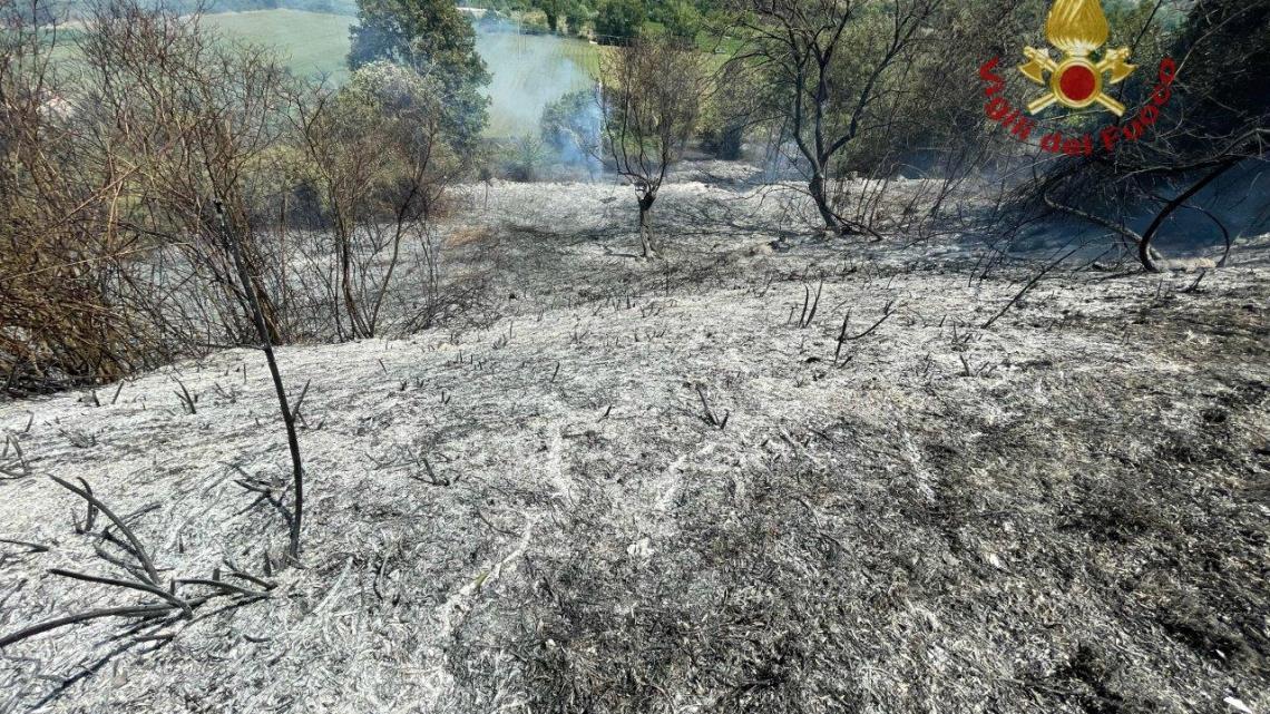 Incendi, brucia anche la provincia di Isernia