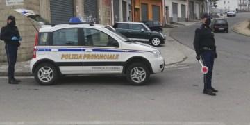 Polizia Provinciale - Controlli a S.Giov.in Fiore (foto Antonio Mancina)