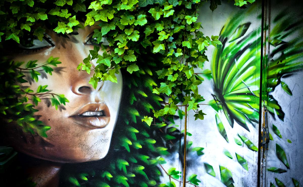 Street art di Milano quartiere Isola: Frida Bar