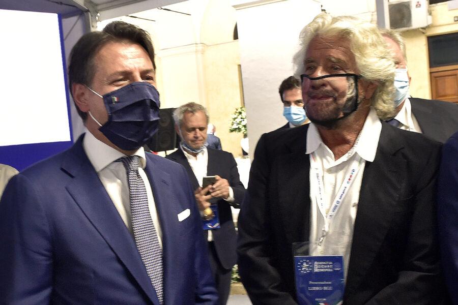 Conte e Grillo, nervi tesi sul limite dei due mandati: veto di Beppe, i 'big' vogliono eliminarlo