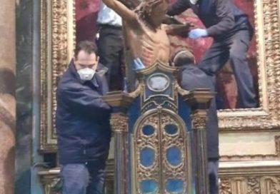 Il Croccifisso miracoloso verso piazza S.Pietro