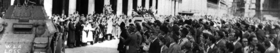 25 aprile 1945 a Milano, Piazza Duomo