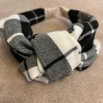 Cerchietto scozzese bianco nero