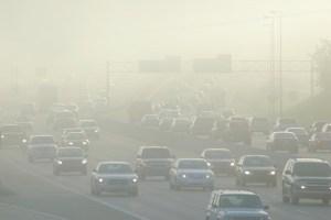 La strage silenziosa: un decesso su 6 causato dallo smog