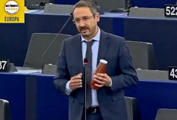 """Battaglia a Bruxelles contro il pomodoro """"made in China"""""""