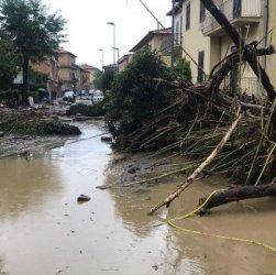 Livorno: frane di fango, 7 morti e 2 dispersi