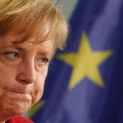 Merkel, spuntano errori e contraddizioni