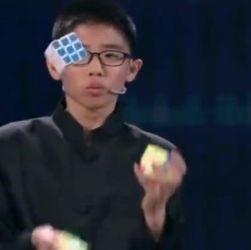 È Cinese ed ha 13 anni il nuovo genio