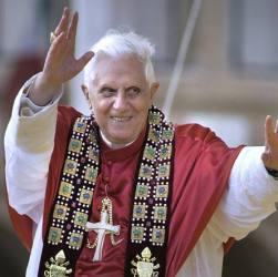 Dura presa di posizione di Ratzinger contro la pedofilia