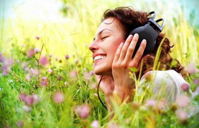 La musica e il rilascio di dopamina nel cervello: ecco perché ci fa sentire meglio