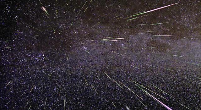 Tra comete, asteroidi e meteore: un viaggio nello spazio sulla scia delle Geminidi